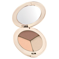 Jane Iredale PurePressed Eye Shadow Trio Sweet Spot Change your look from soft and elegant to edgy and sleek. These silky shadows are highly pigmented and long-lasting. They easily blend on the lids to create any look.