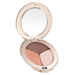 Jane Iredale PurePressed Eye Shadow Trio Pink Quartz Change your look from soft and elegant to edgy and sleek. These silky shadows are highly pigmented and long-lasting. They easily blend on the lids to create any look.