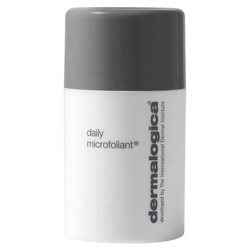 Dermalogica Daily Microfoliant (Travel Size) Instantly leave your skin noticeably smoother and *brighter! This unique, Rice-based enzyme powder activates upon contact with water, releasing Papain, Salicylic Acid and Rice Enzymes to smooth the skin and accelerate cell renewal. Our unique Skin Brightening Complex of Bearberry, Aspergillus, Grapefruit and Licorice helps to balance uneven skin pigmentation. Active agents derived from Rice Bran and Rice Extract help to regulate melanin production while micro-exfoliating dead cells. A super-soothing blend of Green Tea, Ginkgo and Colloidal Oatmeal calms inflammation, leaving the skin extraordinarily clear and refreshed. ~ Gentle enough to use on a daily basis. Fragrance free. Professional recommendation advised.